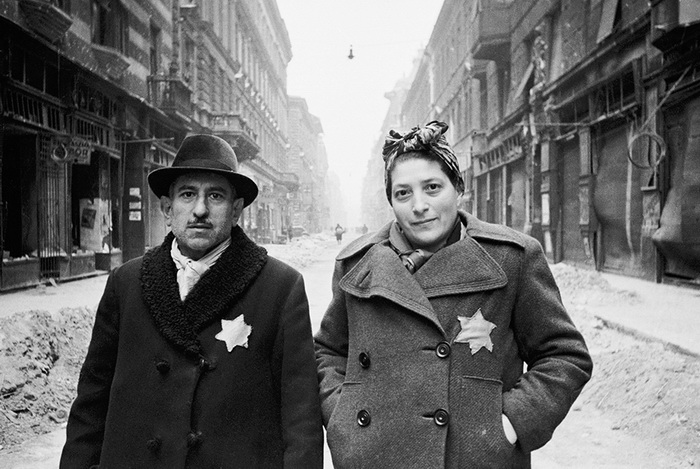 Евреи, освобожденные из Будапештского гетто. Январь-февраль 1945 года.