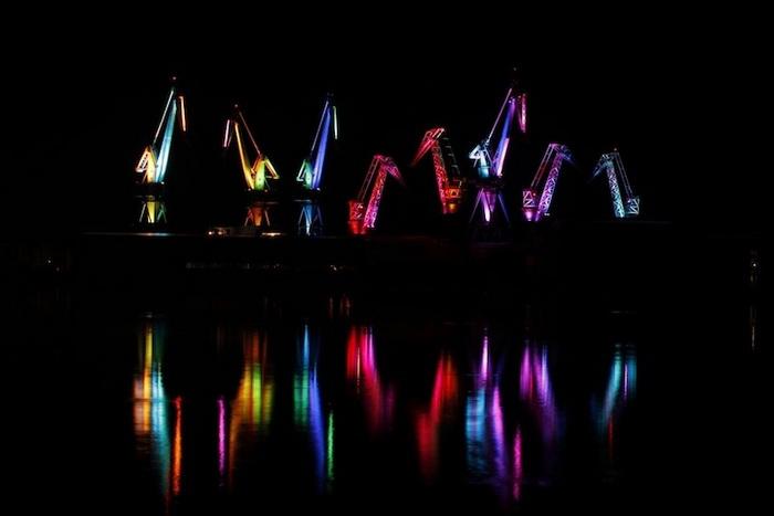 Светящиеся гиганты: музыкально-визуальное шоу в Хорватии
