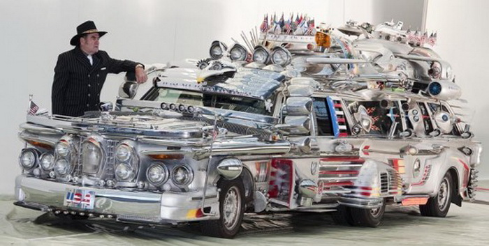 Антти Рако и его лимузин *Финнджет* из автозапчастей