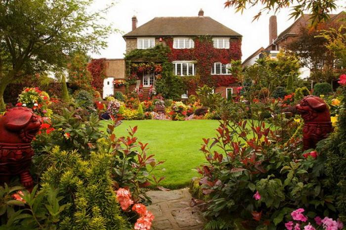 Осень в удивительном  парке Four Seasons Garden