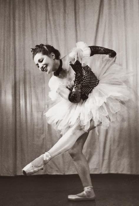 Франциска Манн в балетной пачке. 1939 год. Фото: revistaelbosco.blogspot.com