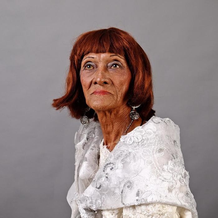 Кармен дела Ру, 73 года