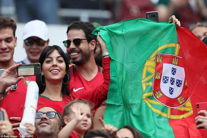 Джорджина Родригес болеет за сборную Португалии.