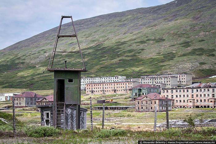 Смотровая вышка для охраны военной базы.