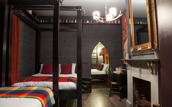 Тематический отель, напоминающий Хогвартс
