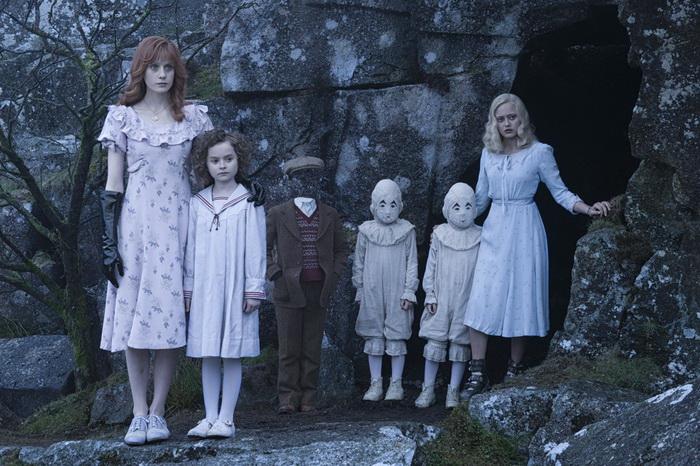 Дом странных детей мисс Перегрин: кадр из фильма