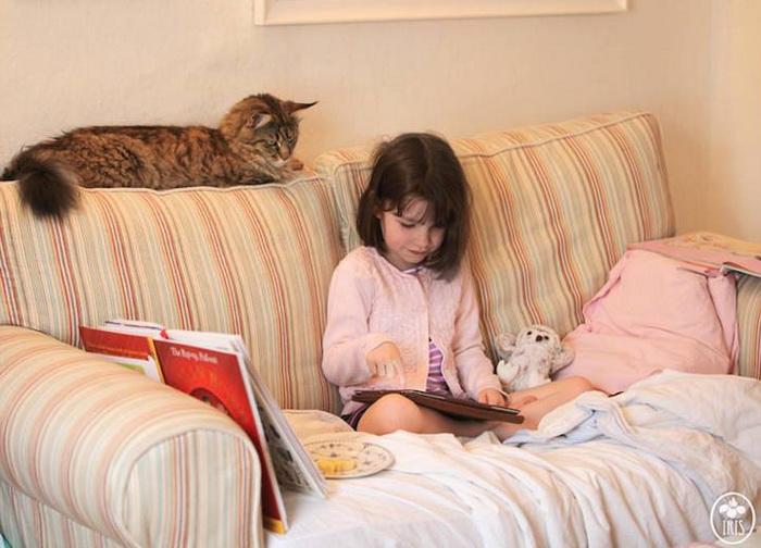 Удивительная дружба девочки и кота