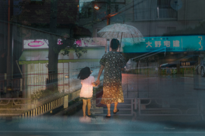 На фотографиях - улицы ночного города Иокогама (Япония)