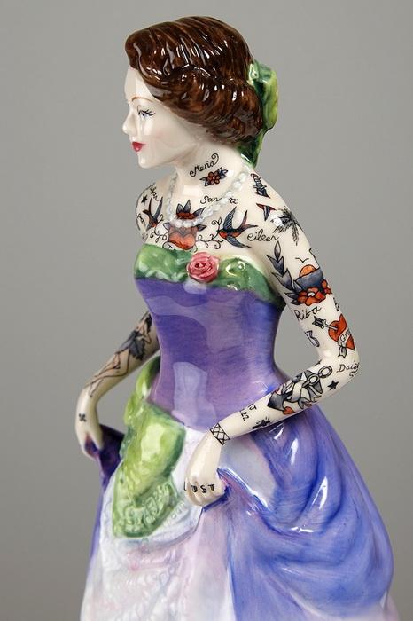 Викторианские девушки с татуировками