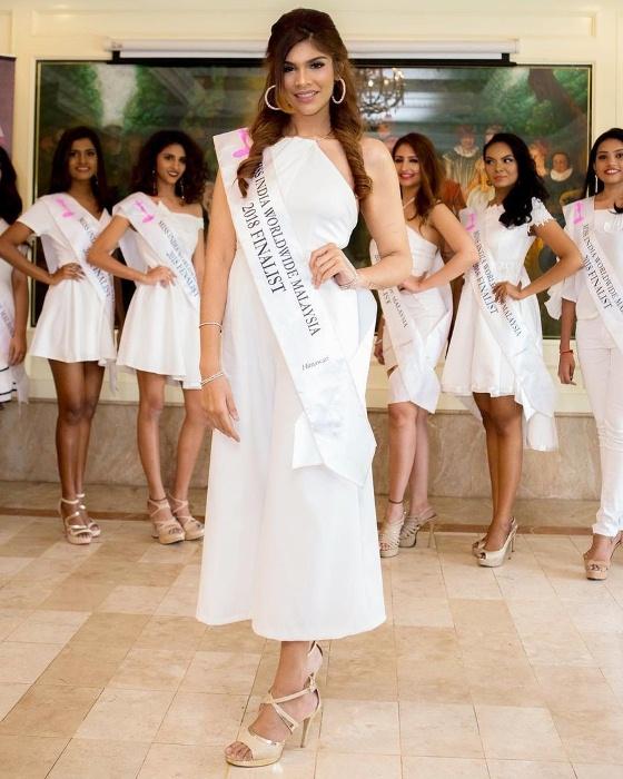 Модель Джоанна Джозеф - победительница конкурса красоты.