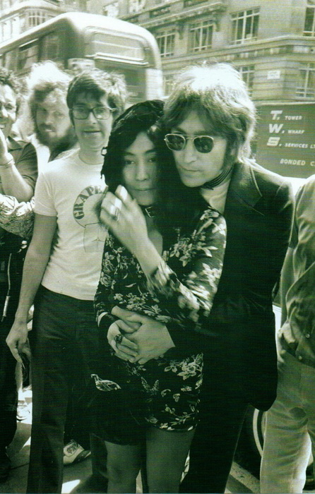 Редкие фотографии Джона Леннона из частных коллекций поклонников его творчества