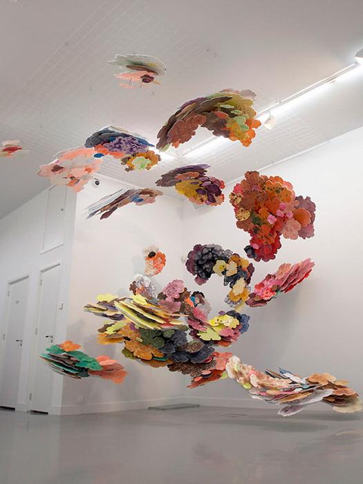 Многослойная картина, вдохновленная результатами компьютерной томографии