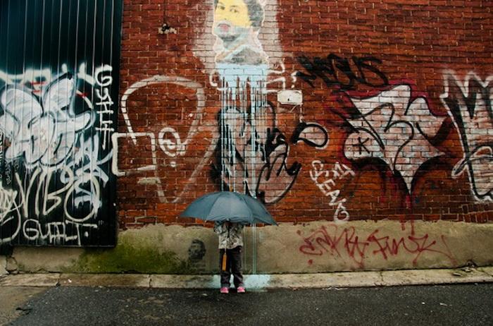 Люди и граффити: фотопроект от Julien Coquentin