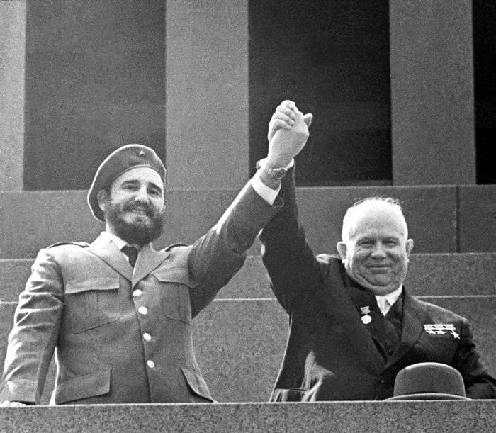 Фидель Кастро и Никита Хрущев. Фото: tvc.ru