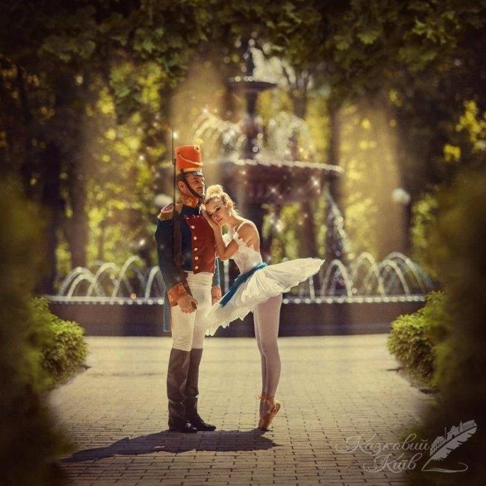 Сказочный Киев: музыканты Тоня Матвиенко и Арсен Мирзоян в образах Оловянного Солдатика и  Балерины. Место съемки: у фонтана в Мариинском парке