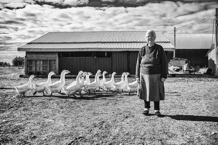 Нина, 79 лет, Курганский район, стеклодув. Мечтает вырастить правнука и заниматься работой по дому