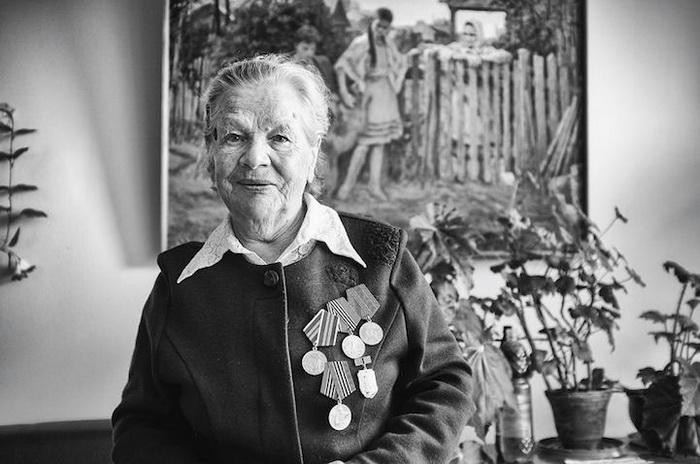 Анастасия, 84 года, г. Ленинград, няня. Недавно вышла замуж и хочет, чтобы они с мужем были здоровы. Хочет помогать людям