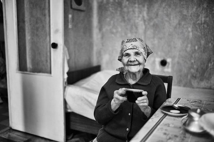 Евдокия, 100 лет, Смоленский район, заводчанка. Мечтает ходить самостоятельно, быть независимой и живой