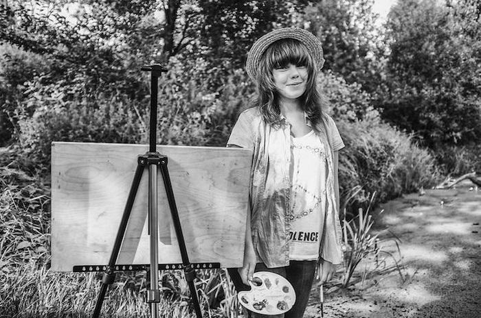 София, 15 лет, г. Санкт-Петербург, учится. Рисует с детства, мечтает полететь в космос и научиться играть на саксофоне