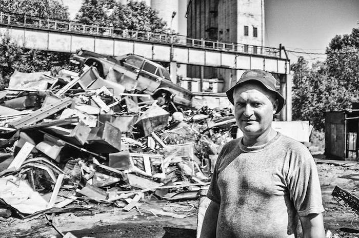 Лущик, 42 года, Украина, слесарь. Мечтает о повышении зарплаты