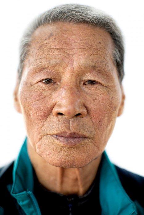 Choi Chil-seong, 81 год, мечтает побывать в городе, где прошло его детство.