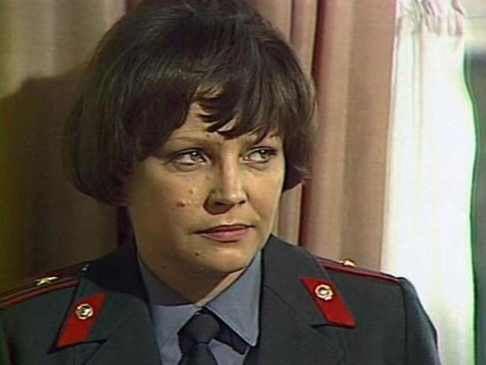 Эльза Леждей - милиционер в юбке. Фото: vokrug.tv