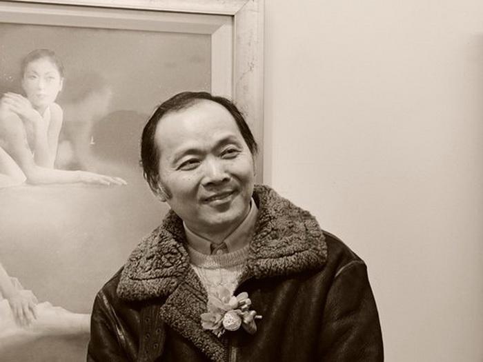 Фотопортрет художника Liu Yi