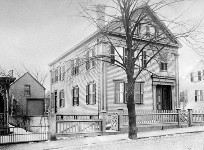 Дом, в котором произошло страшное убийство.