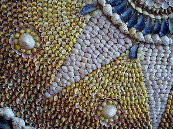 Причудливые мозаики из ракушек - одна из загадок таинственного грота