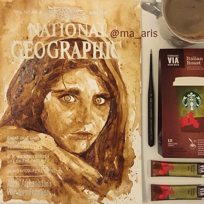 Портрет афганской девушки Шарбат Гулы на обложке журнала National Geographic