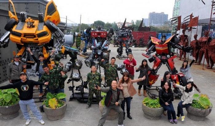 Трансформеры в китайском тематическом парке Mr. Iron Robot