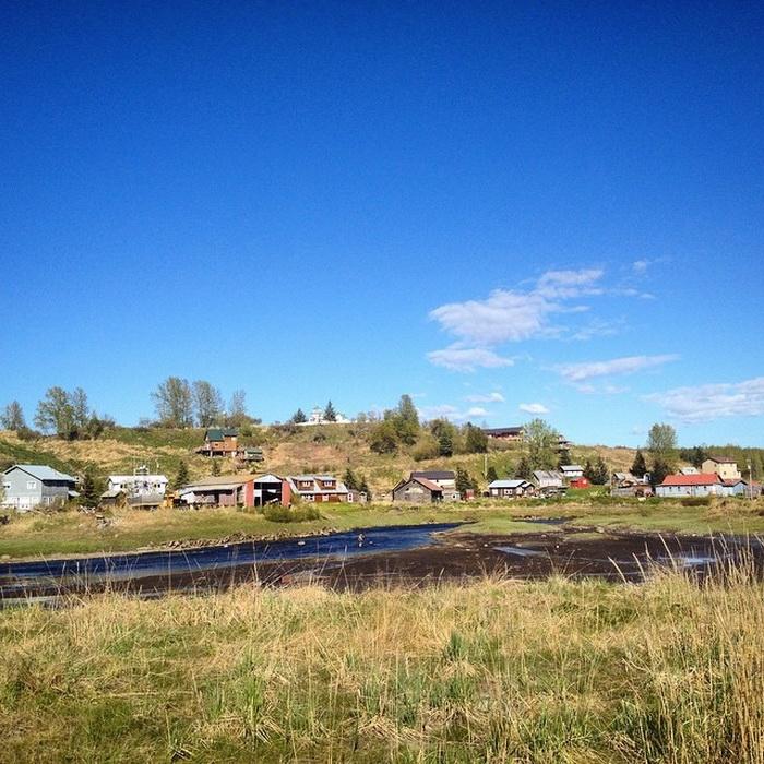 Нинильчик - небольшое поселение на Аляске.
