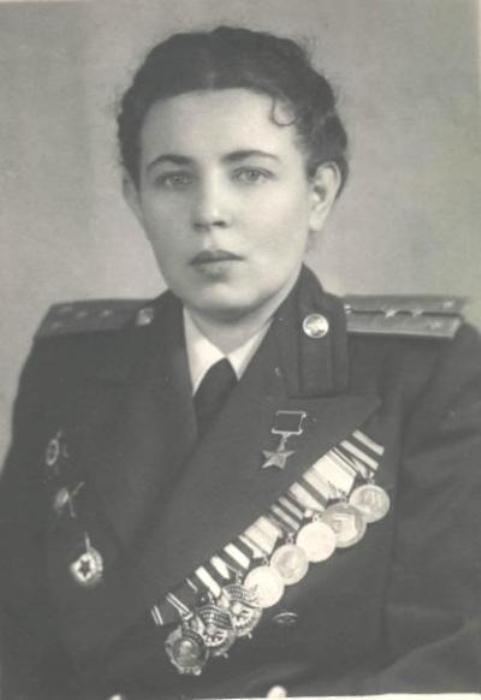 Отважный штурман Полина Гельман. Фото: library.fa.ru