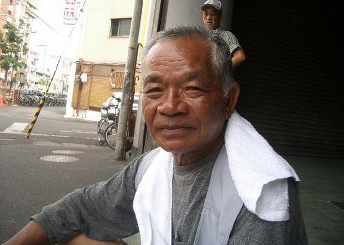 На японском острове Окинава средняя продолжительность жизни мужчин  - 78 лет
