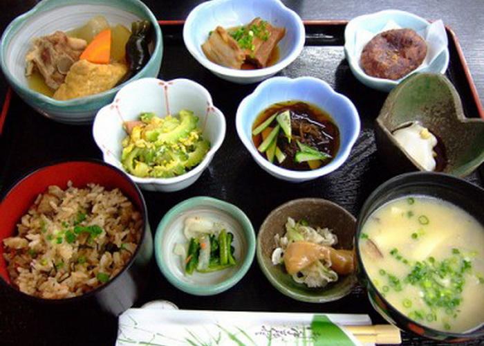 Здоровая еда - залог долголетия жителей острова Окинава