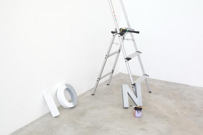 Незавершенная инсталляция от Ole Ukena