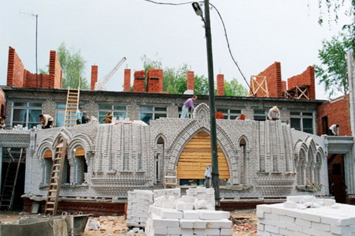 Процесс строительства школы