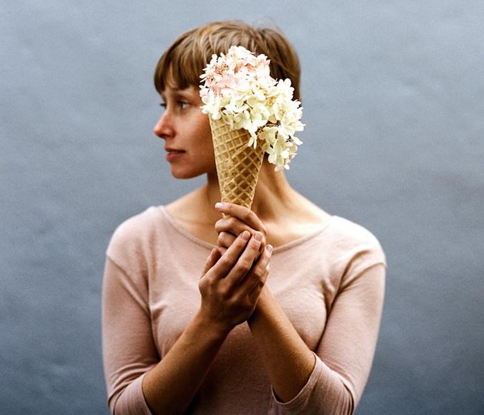 Цветы и мороженое. Серия фотографий от Паркера Фицджеральда (Parker Fitzgerald)