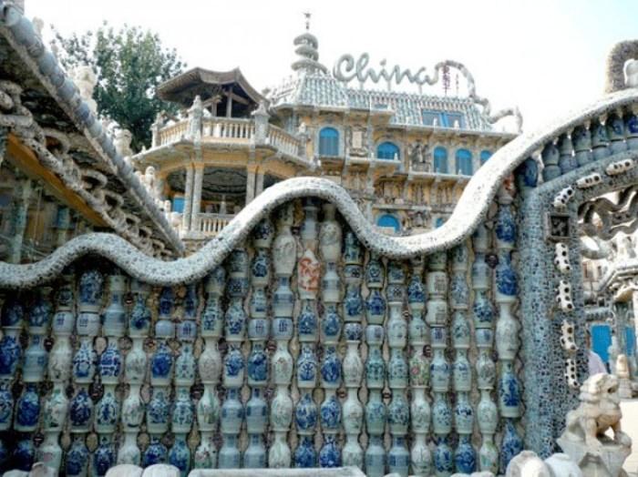 Уникальный фарфоровый дом в Китае