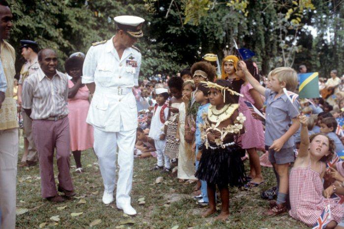 Встреча с детьми на Соломоновых островах, 1982 г.