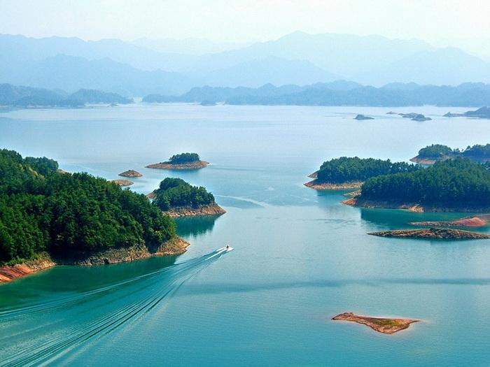 http://www.kulturologia.ru/files/u12645/Qiandao-lake-5.jpg