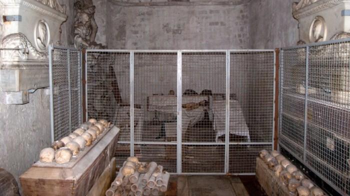 Археологи пока только строят предположения относительно находки.
