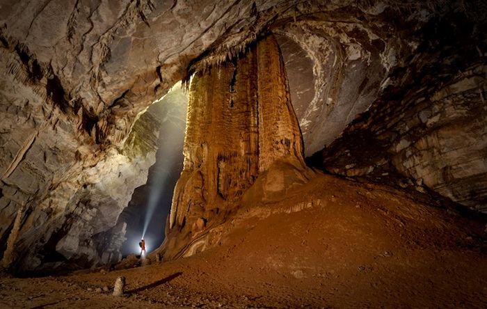 Фотографии пещер от Робби Шоуна (Robbie Shone)