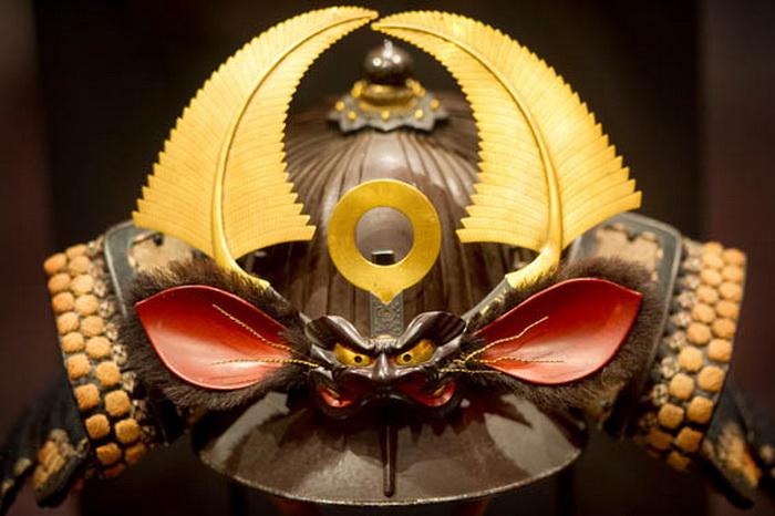 Самурайские доспехи: редчайшие экспонаты на выставке в Лос-Анджелесе