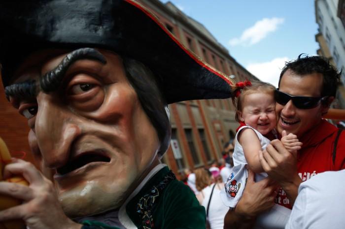 Во время Фестиваля Святого Фермина город Памплона превращается в настоящий маскарад