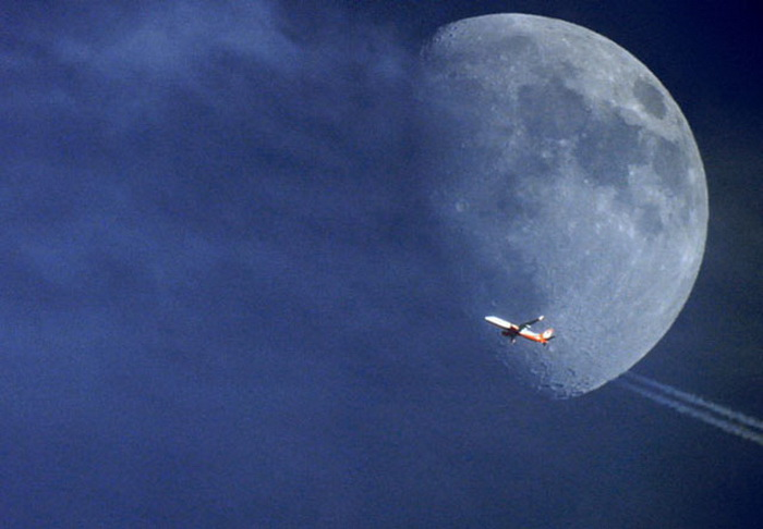 Лунный рейс на фотографиях Себастьяна Лебриганда (Sebastien Lebrigand)