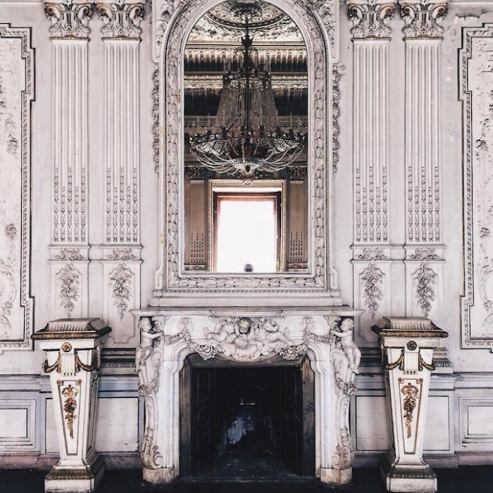 The Brusnitsyn Mansion, Васильевский остров. Фото: Сергей Прокопенко