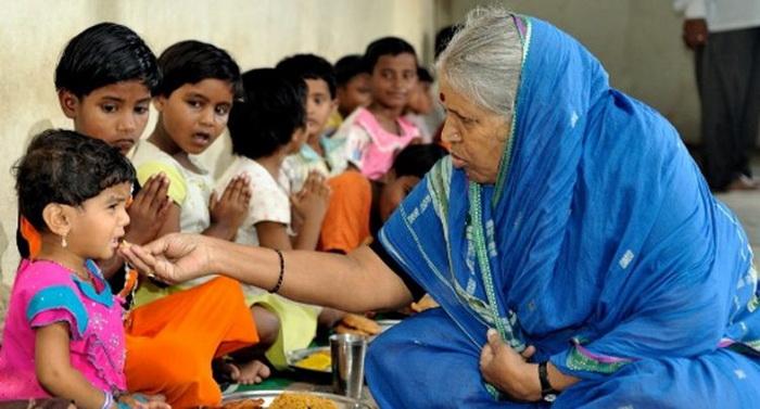 Sindhutai Sapkal известна в Индии, как «Мать сирот».