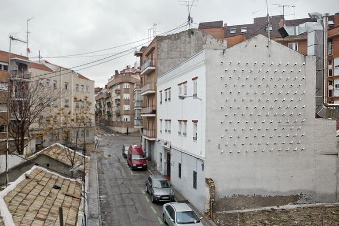 Инсталляция из 150 камер видеонаблюдения (Мадрид, Испания)