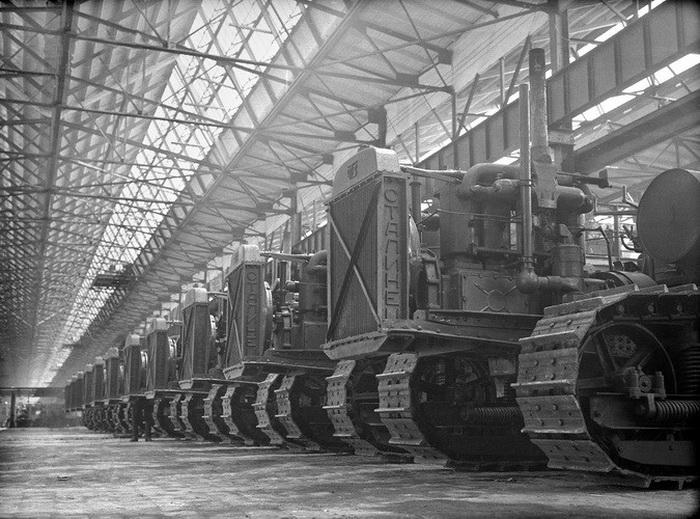 Сталинец - продукция Челябинского тракторного завода